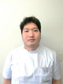 整形外科医員:置村 健二郎(おきむら けんじろう)